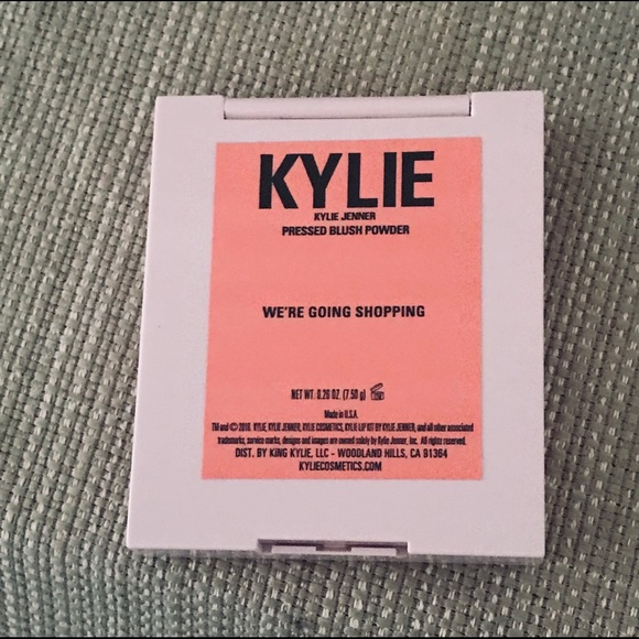NWT Kylie pressed blush powder never used